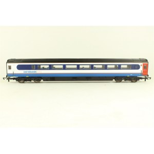 HORNBY R4416 EAST MIDLANDS MK3 TGS COACH