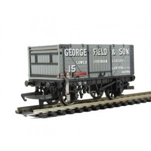 HORNBY R6530 GERORGE FIELS & SON END TIPPING