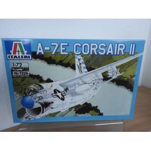 ITALERI 062 F4U-4B CORSAIR VLIEGTUIG