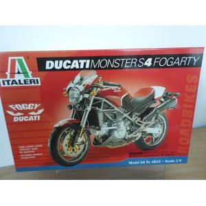 ITALERI 4619 DUCATI MONSTER S4