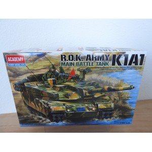 ACADEMY 13215 R.O.K ARMY K1A1  TANK