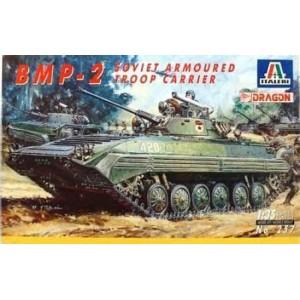 ITALERI 257 BMP-2 TANK
